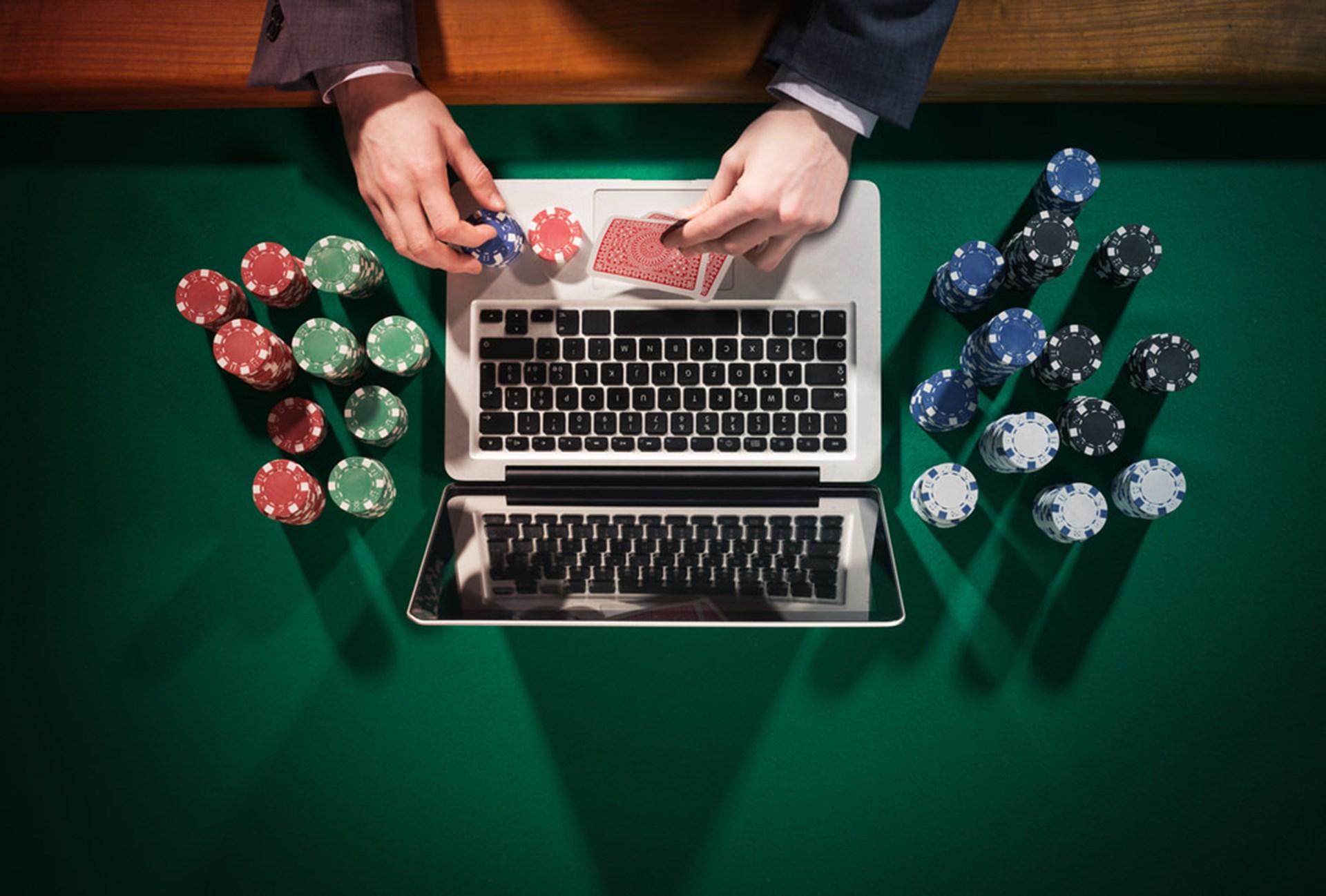 gambling bot discord